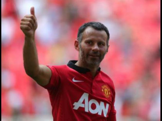 Giggs sets Champions League appearance record