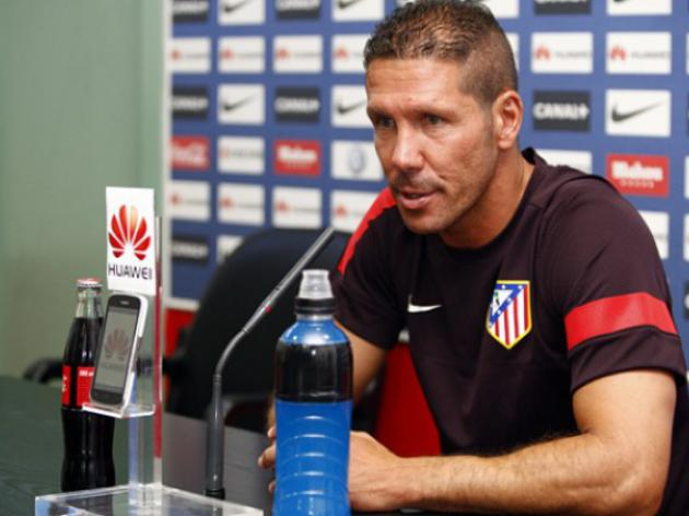 Simeone puts pressure on Barca for Super Cup