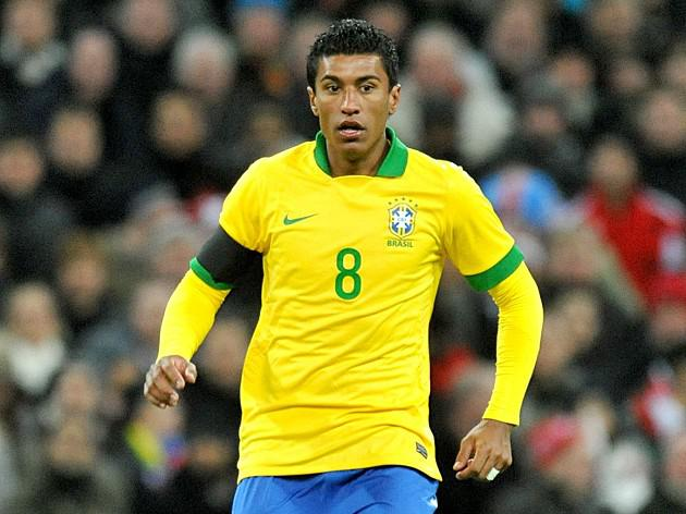 Paulinho eyes Spurs switch