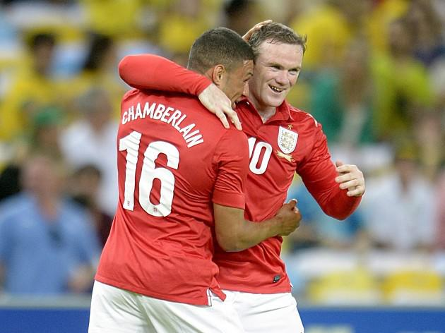 Rooney scores stunner as England draw