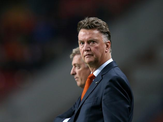 Van Gaal will not combine roles with Holland and Spurs