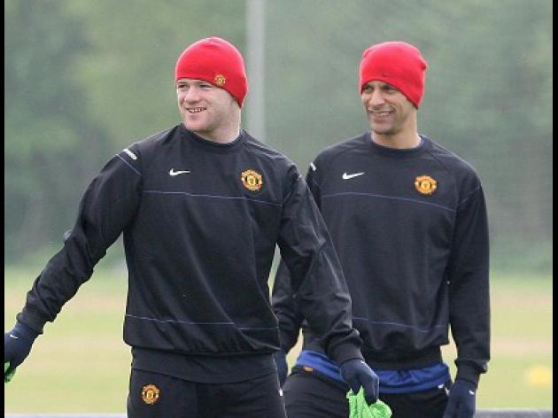 Rooney and Ferdinand fit for Bayern clash