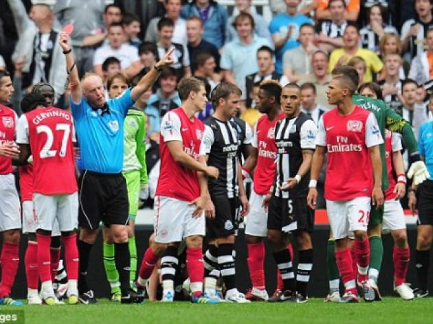 Newcastle 0 Arsenal 0: Gervinho sent off after bust-up with Joey Barton