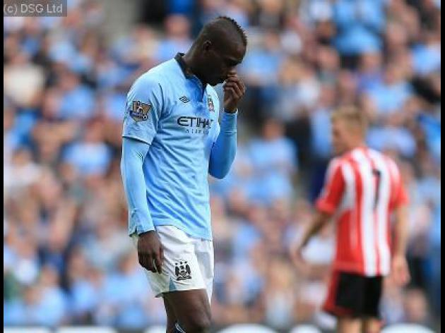 Manchester City boss Mancini says Balotelli can be like Ronaldo or Messi