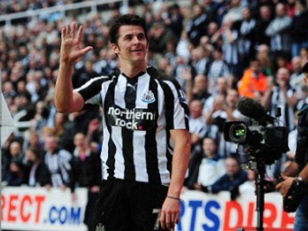Joey Barton contract talks back on track as midfielder plans Newcastle extension