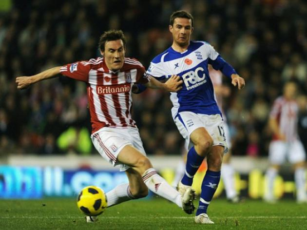 Barry Ferguson joins Blackpool from Birmingham