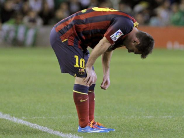 Injured Messi regrets not being able to join team