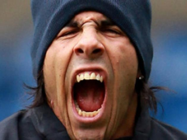 Tevez wants to stay at City - Mancini