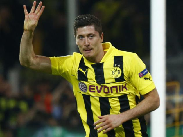 Transfer Round Up 15th June; Chelsea eye Lewandowski and Arsenal target Villa