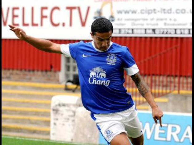 Sunderland in talks to sign Tim Cahill on loan