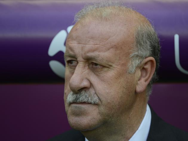 Del Bosque defends Fabregas selection
