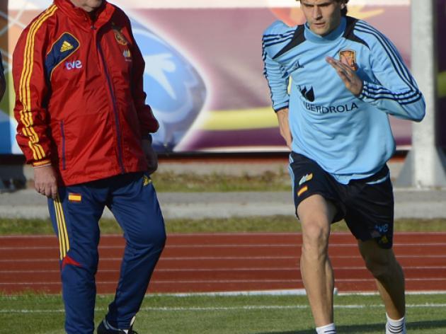 Del Bosque says Spanish morale intact
