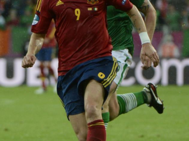 Torres strikes a blow for number 9