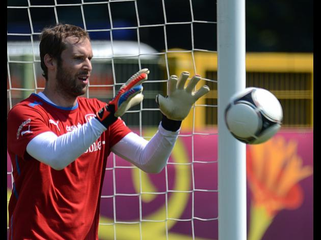 Cech believes Czechs can upset the odds