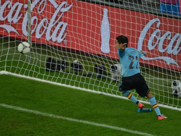 Spain oust Croatia to reach last eight