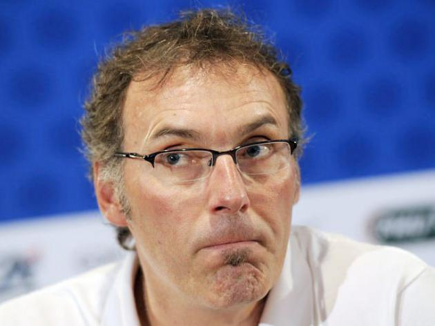 Blanc names France squad, opts for continuity