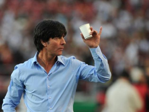 Germany's Loew aims to book first Euro 2012 berth