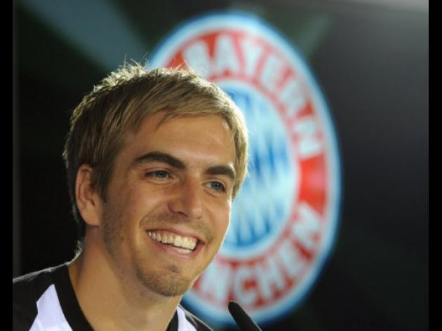 Lahm stays German captain despite book controversy