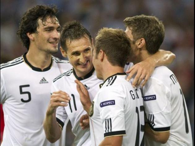 Germany eye Euro title as Klose hails 'best' team