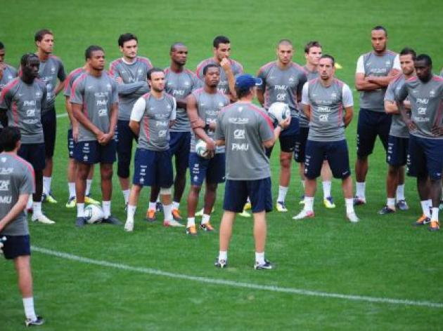 Blanc looking for cohesion, and win over Romania