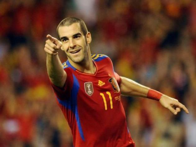Spain qualify for Euro 2012