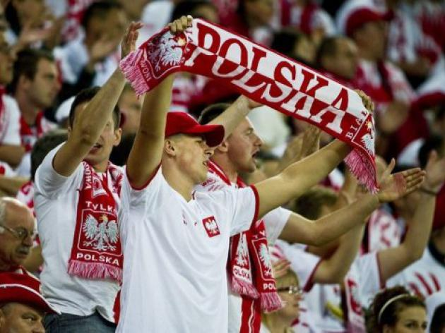 Euro 2012 hosts Poland ink in Belarus friendly