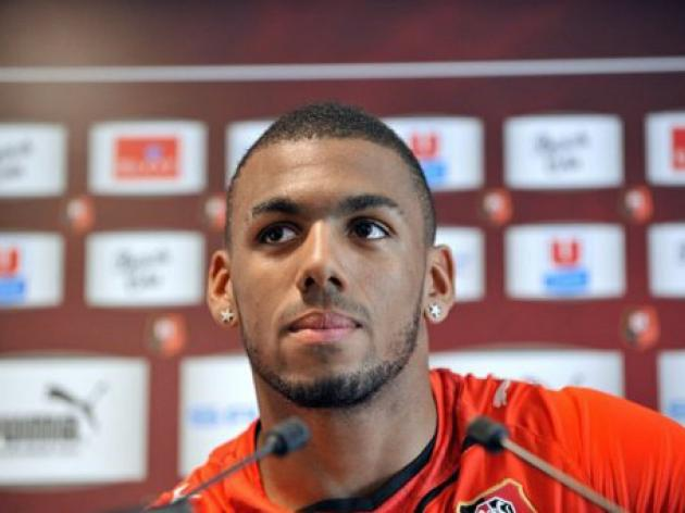 Prostitutes faces charges of robbing France player