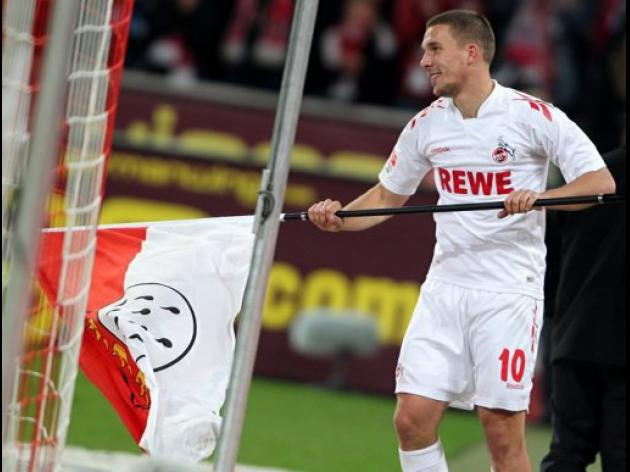 Cologne's Podolski in no hurry over future plans
