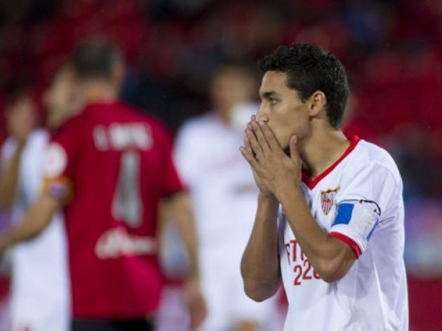 Sevilla striker Navas in Spain squad for England