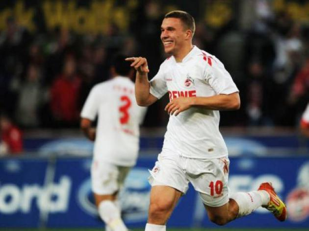 Podolski strikes to rescue point for Cologne