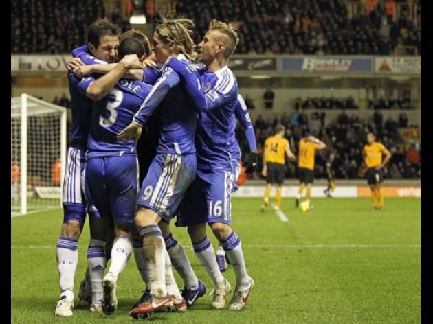 Lampard to the rescue as Chelsea down Wolves