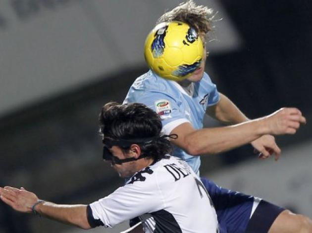 Lazio title hopes suffer in Siena collapse