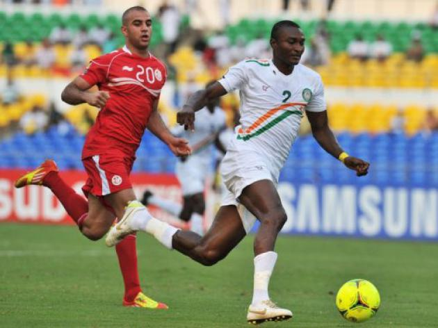 Last gasp Tunisia see off lively Niger