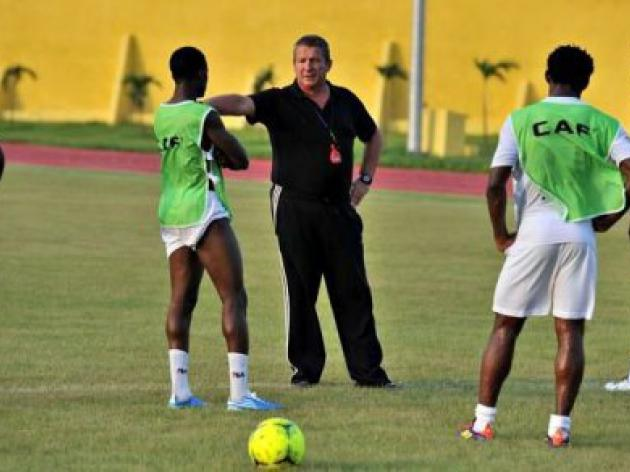 Controversial Courbis comes to Niger's rescue