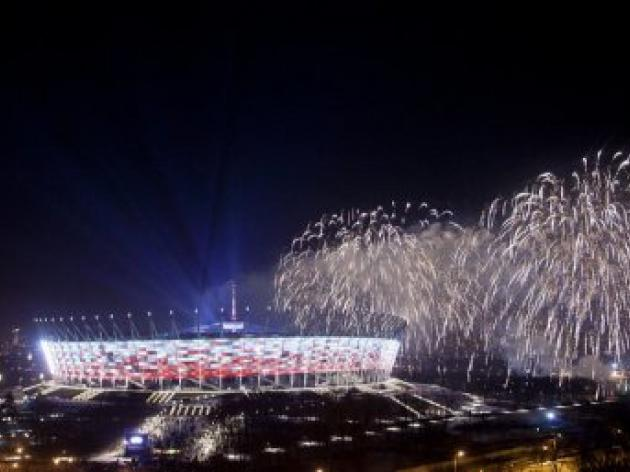 Poles call off first match in new national stadium