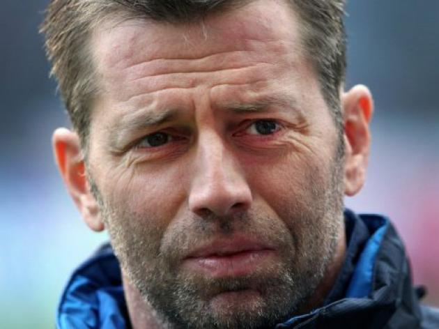 Hertha 'sack' coach Skibbe