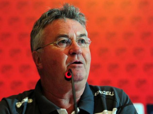 Hiddink looks for Anzhi miracle in Russia