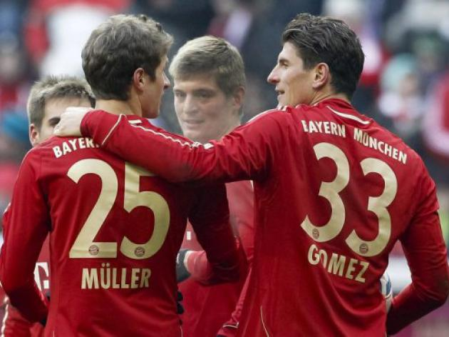 Crisis talk in Bayern as Schalke loom