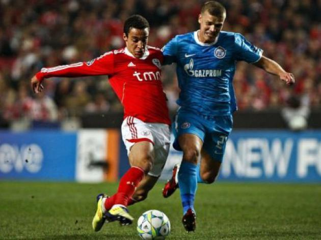 Buoyant Benfica cruise past Zenit