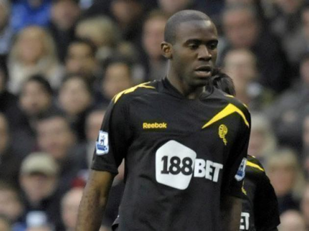 Muamba walking again - Bolton boss Coyle