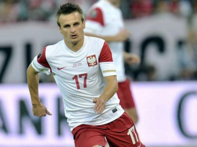 Poland footballer Peszko axed after drinking scandal