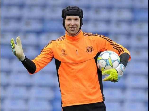 Messi 'only human' says Chelsea's Cech