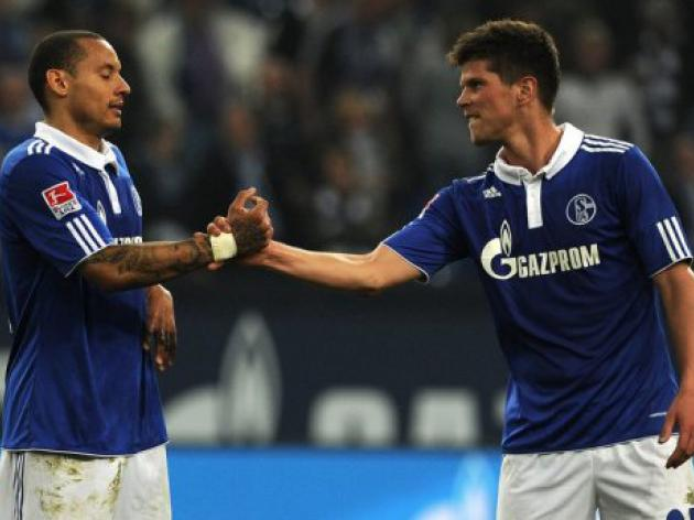 Schalke stars come to blows