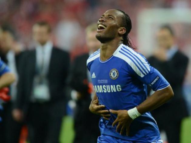 Drogba tells Chelsea team-mates he's off: report