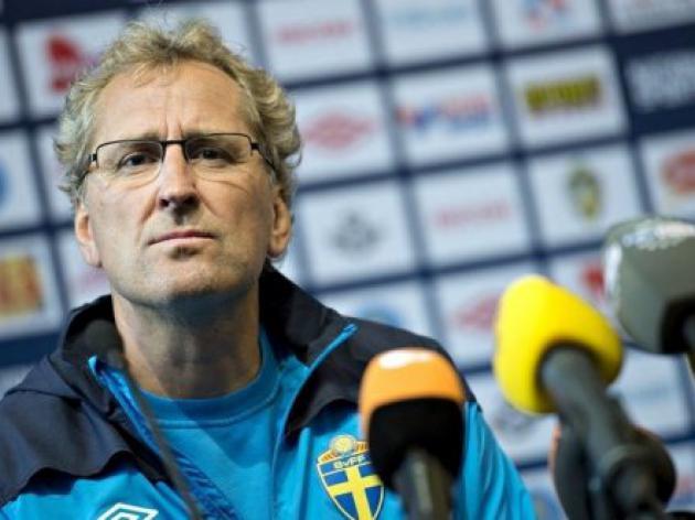 Laid-back Hamren boosted by Elmander return