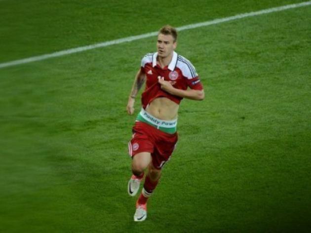 Bendtner facing UEFA rap over 'lucky pants'