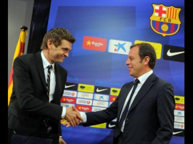 Vilanova signs Barca deal