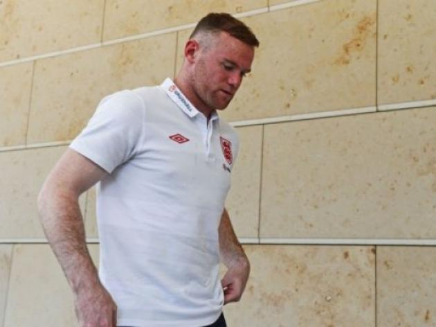 Rooney itching to play says Gerrard
