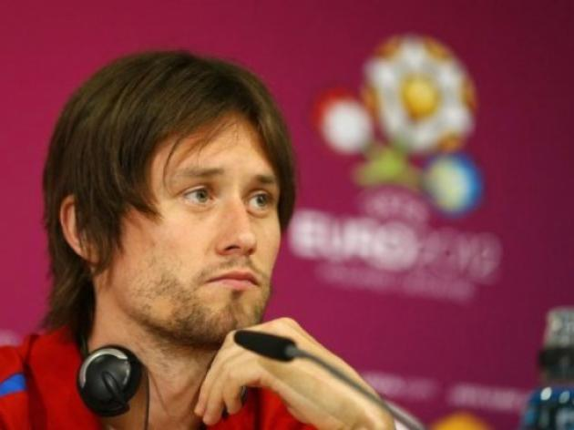 Smicer doubtful Rosicky will make quarter-final