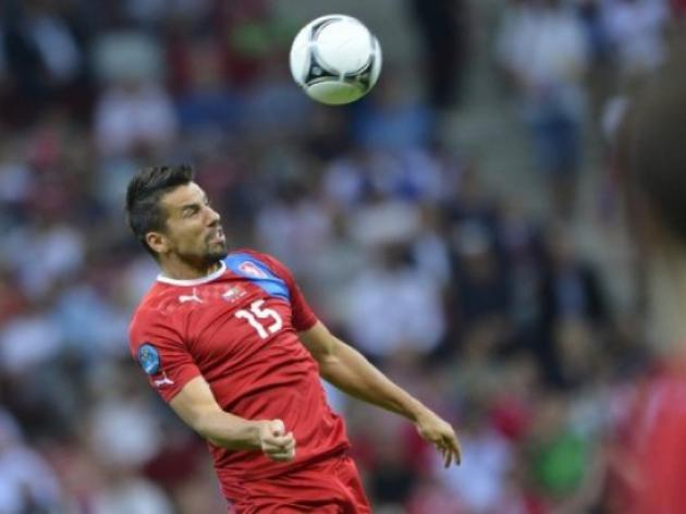 Czech striker Baros ends international career